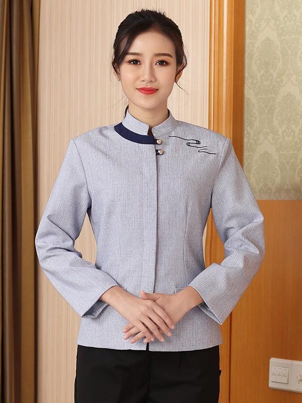 灰色亚麻保洁服