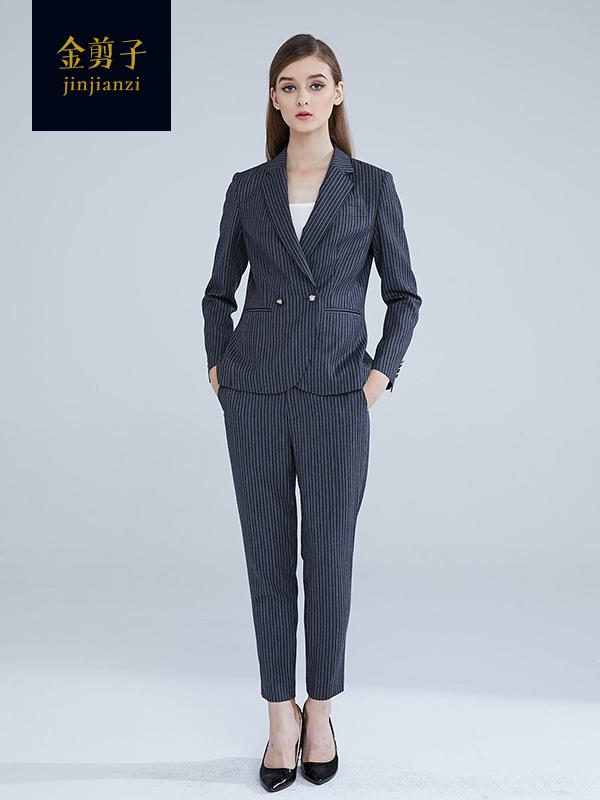 女士办公室职业装